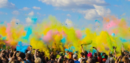 colorful-crowd